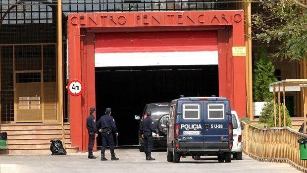 Mueren dos reclusos sin signos de violencia en la prisión de Alhaurín de la Torre este fin de