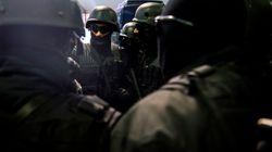 Trois membres d'une cellule terroriste affiliée à