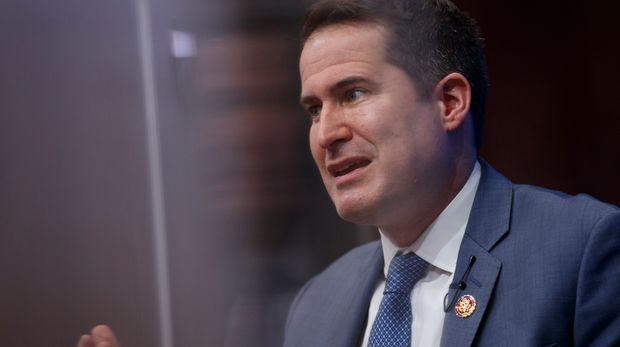 Rep. Seth Moulton, D-Mass., speaks at the Brookings Institution in Washington, Tuesday, Feb. 12, 2019, about his vision for the future of U.S. foreign policy. (AP Photo/Carolyn Kaster)