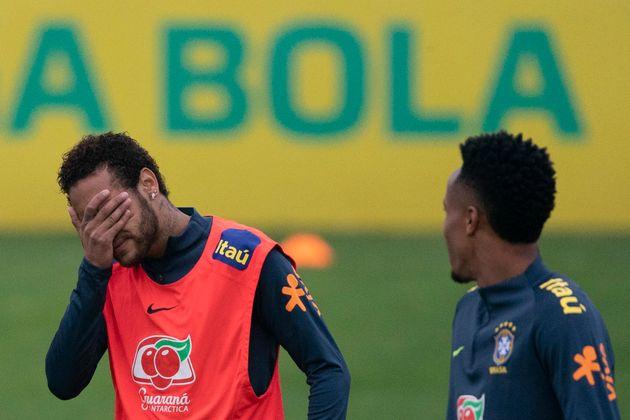Neymar está no Brasil para treinar para a Copa América, na Granja Comary, em Teresópolis,...