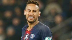Neymar cometeu crime? Especialistas explicam lei que condena exposição de