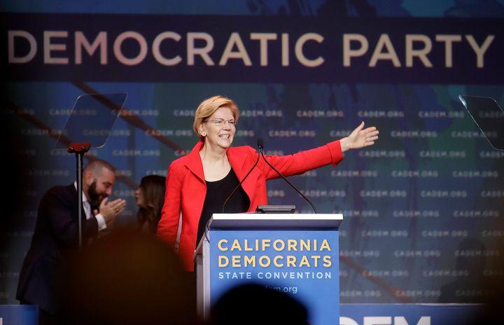 Sen. Elizabeth Warren (D-Mass.), a 2020 presidential candidate, waves before speaking during the 2019 California Democratic P