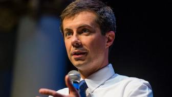 South Bend Mayor Pete Buttigieg answers questions during the Mayor's Night Out Thursday, May 30, 2019,  in South Bend, Ind. (Michael Caterina/South Bend Tribune via AP)