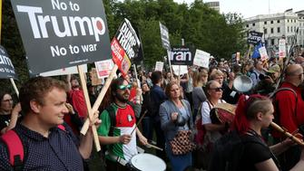 People protest outside Buckingham Palace during the state visit of U.S. President Donald Trump and First Lady Melania Trump to Britain, in London, Britain, June 3, 2019. REUTERS/Alkis Konstantinidis