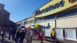Imprenditrice offre lavoro ai lavoratori licenziati da Mercatone