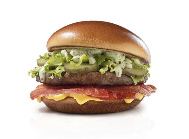 O ParmaMelt é composto por um hambúrguer de carne bovina, pão brioche, maionese...