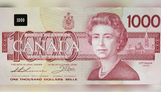 The Bank Of Canada Is Retiring Old Bills, And They'll Pay You For