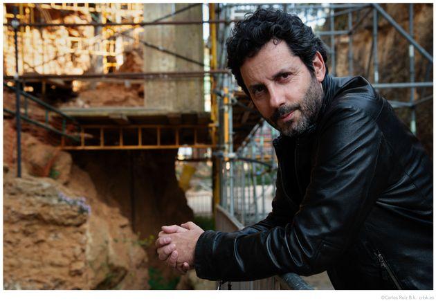 ¿Qué hace al ser humano verdaderamente humano? El escritor Manuel Ríos San Martín presenta 'La huella...