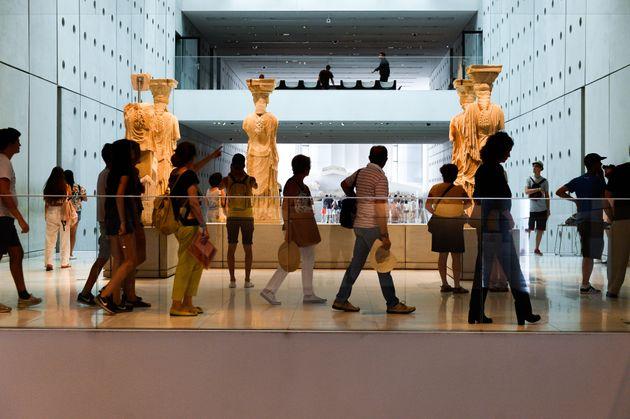 Δέκα χρόνια Μουσείο Ακρόπολης: Επισκέψιμη η ανασκαφή από τις 21