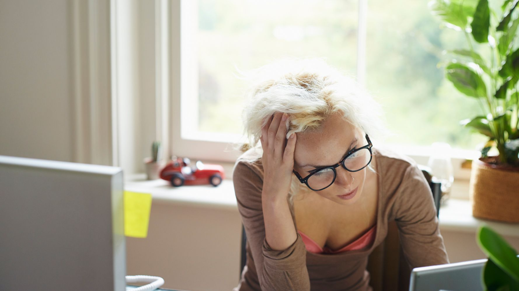 Why You're Having Hot Flashes Even If You're Nowhere Near Menopause |  HuffPost Life