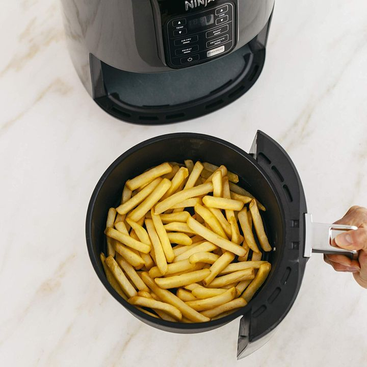 This Ninja Air Fryer Is Only 93 On Amazon Today Huffpost Life