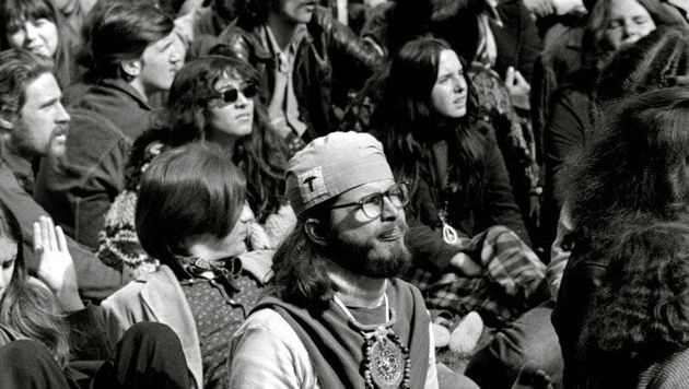 Haight Ashbury In The 1960s: A Vibrant Hippie History