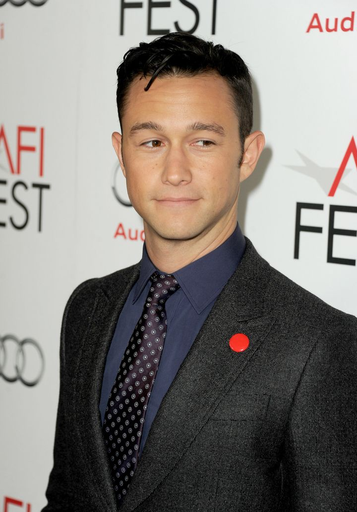 HOLLYWOOD, CA - NOVEMBER 08:  Actor Joseph Gordon-Levitt arrives at the 'Lincoln' premiere during AFI Fest 2012 presented by