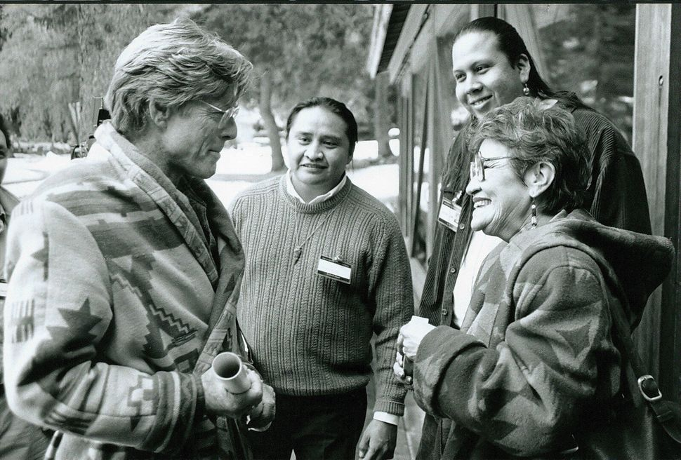 1994: Robert Redford with Native American filmmakers.