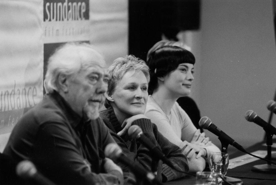 """1999: Robert Altman, Glenn Close and Liv Tyler at Sundance for the premiere of """"Cookie's Fortune."""""""
