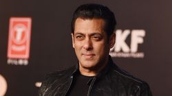Salman Khan Slaps Guard At 'Bharat' Premier, Fans Jump To
