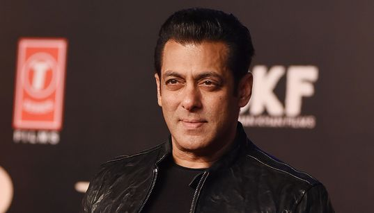 Salman Khan Slaps Guard At 'Bharat' Premier, Fans Jump To