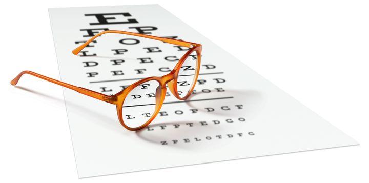 Selon l'Observatoire des prix et de la prise en charge en optique médicale, les Français dépensent entre 300 et 600 euros pour acheter une paire de lunettes.