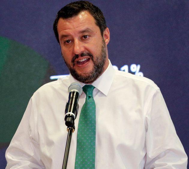 Salvini ci ricasca. Anticipa gli arresti di Prato e irrita la