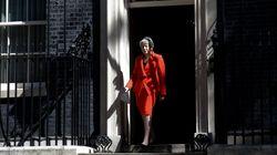 Comment va se passer la transition après la démission de Theresa