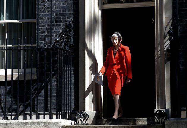 Theresa May devant le 10 Downing Street, le 24 mai 2019, à