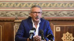 Il sindaco di Legnano ha ritirato le dimissioni: è indagato per