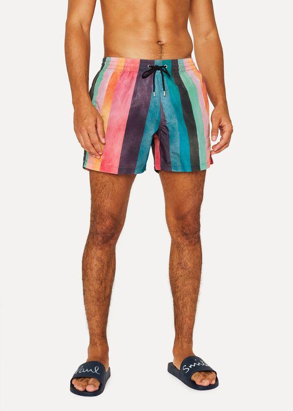 da00e3a7da Les tendances maillot pour hommes qui feront fureur à la piscine ...