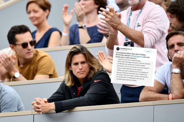 Mauresmo étrille Roland-Garros après la reprogrammation des demi-finales