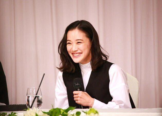 [뉴디터의 신혼일기] 아오이 유우의 결혼 기자회견을 보고 내 결혼을