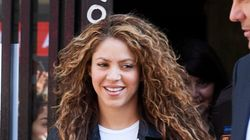 Shakira accusata di aver evaso 14.5 milioni di euro. La cantante finisce in