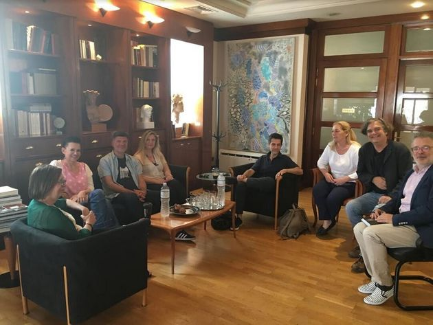 Συνάντηση Μυρσίνης Ζορμπά με δημιουργούς για τα πνευματικά
