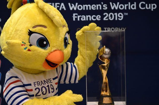 Altro che gioco maschio. Al via i Mondiali di calcio femminili, l'Italia ci