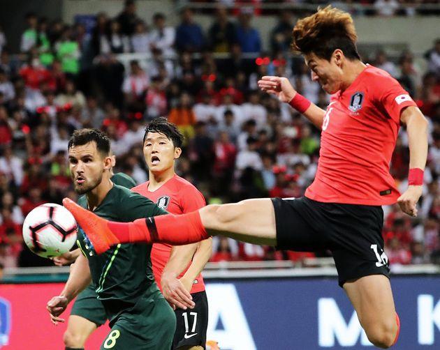 황의조의 결승골로 한국 대표팀이 호주에 1-0 승리를