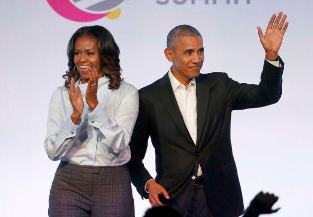 Πολυετής συμφωνία των Ομπάμα με το Spotify για την παραγωγή