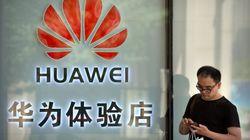 Los nuevos móviles Huawei no podrán tener preinstalados Facebook, WhatsApp ni