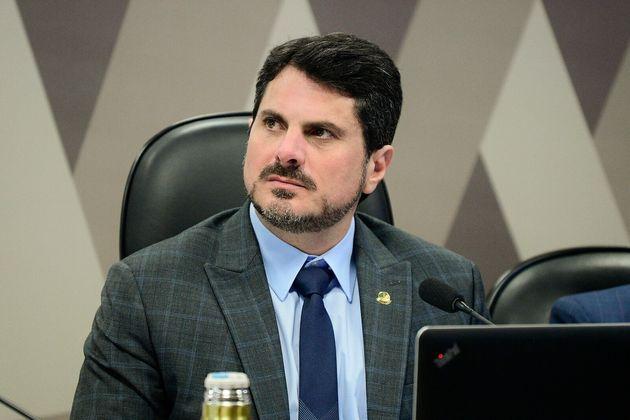 Marcos do Val (Cidadania-ES) disse que irá alterar trecho sobre excludente de ilicitude em caso...
