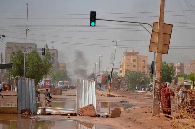 Sudan, le petromonarchie del Golfo finanziano il putsch dei