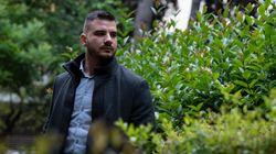Cet officier de police grec lutte contre le crime… et