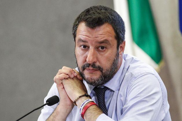Il Decreto Salvini ha già bruciato 5 mila posti di