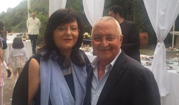 Disperata la moglie del commerciante morto a Napoli: