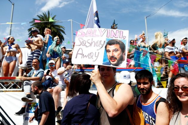 Roma Pride in marcia contro i passi indietro. Con un nemico: Matteo