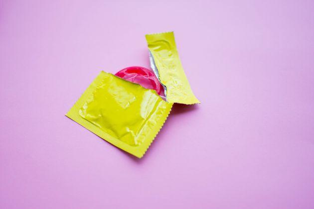 Que faire quand un préservatif est coincé en
