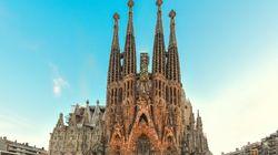 サグラダ・ファミリア、137年を経て建築をようやく許可される「無許可知らなかった...」と衝撃の声も