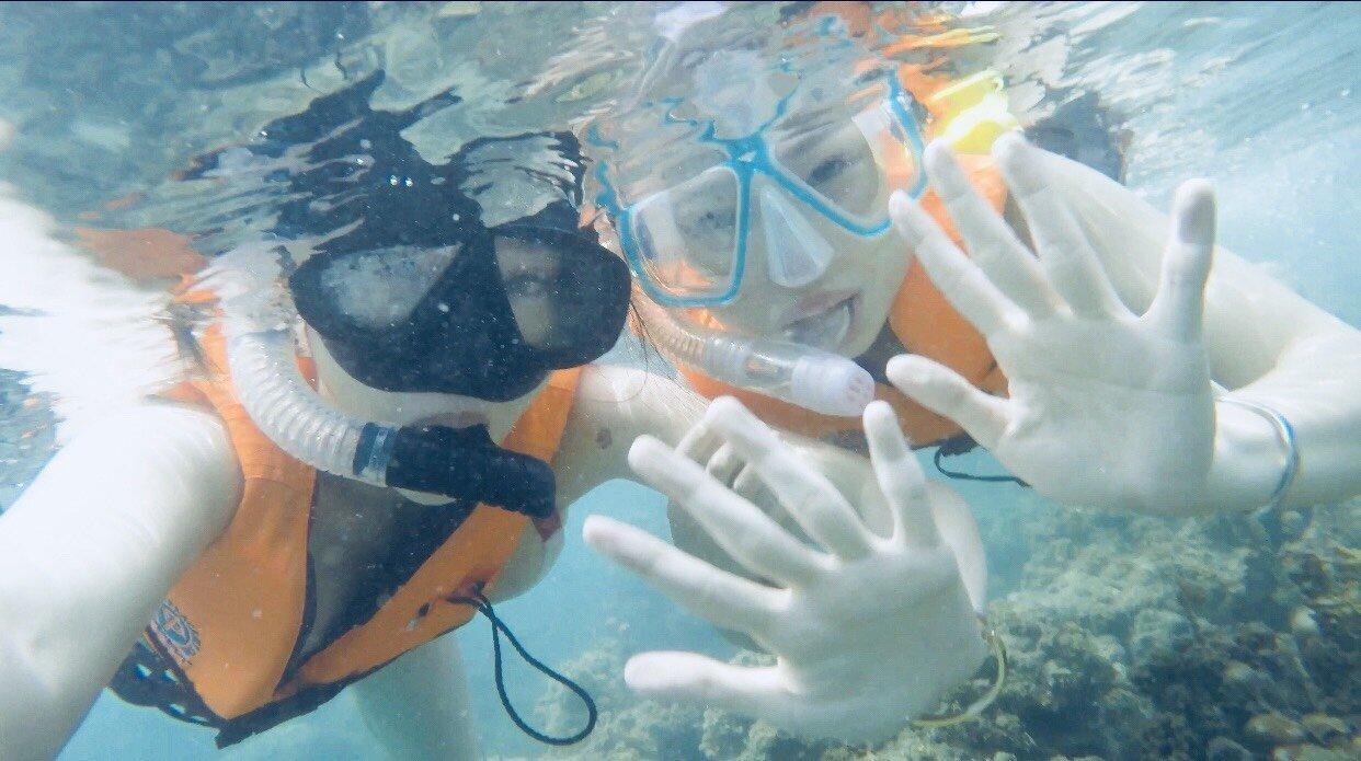 ▲第一次體驗浮潛的林采緹,看到海中景象非常感動。