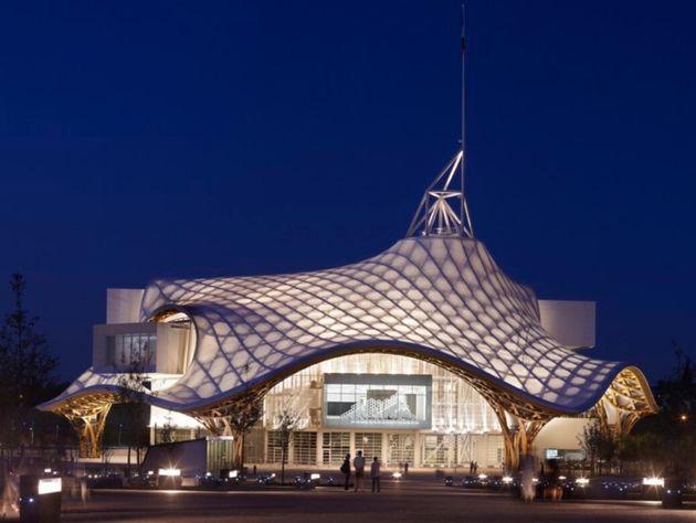 종이 건축의 무한한 가능성을 보여주는 프랑스 '퐁피두메스