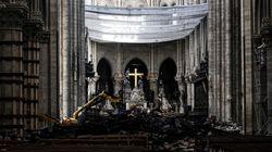 Notre-Dame rouvre pour une première messe (avec casque de chantier