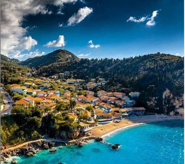 Οι κορυφαίοι ελληνικοί προορισμοί, ξενοδοχεία και εταιρίες στην Ευρώπη για το