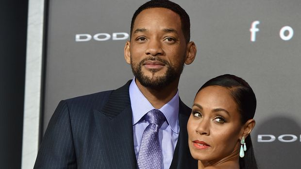 """HOLLYWOOD, CA - FEBRUARY 24:  Actors Will Smith and Jada Pinkett Smith attend the premiere of Warner Bros. Pictures' """"Focus"""" at TCL Chinese Theatre on February 24, 2015 in Hollywood, California.  (Photo by Kevin Winter/Getty Images)"""