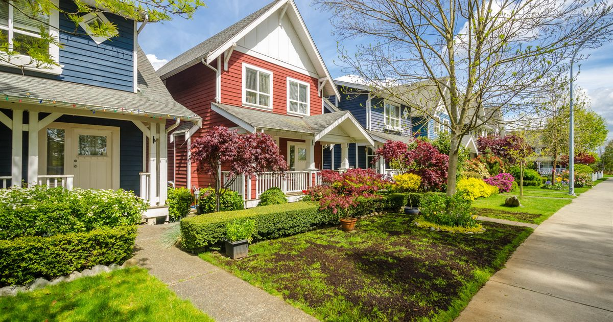 Canadian Suburban House Prices Are A Ripoff, Global ...