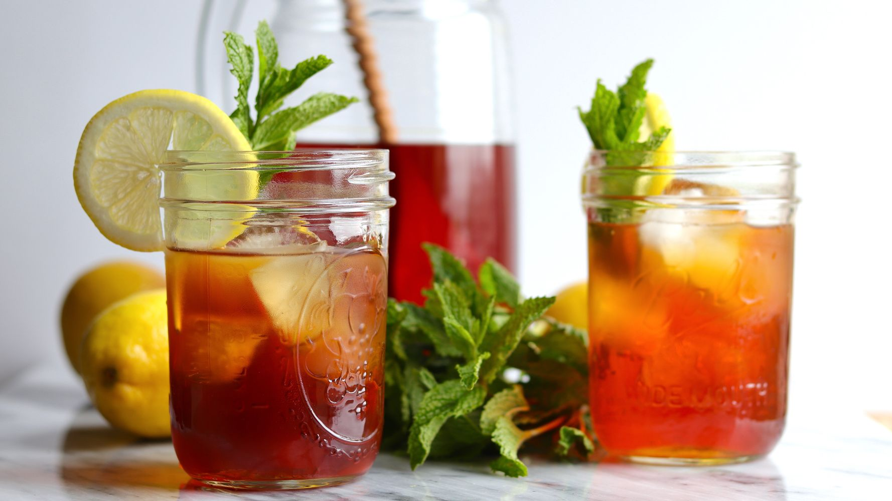 How To Make Sweet Tea Like A Southerner Huffpost Life